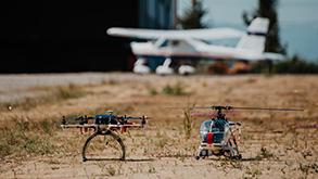 modellino ultraleggero ed elicottero per il corso di aeromodellismo Sibarifly