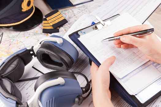 cuffie avioniche ed appunti di radiofonia aeronautica - scuola di volo Sibarifly