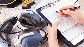 cuffie avioniche ed appunti di radiofonia aeronautica